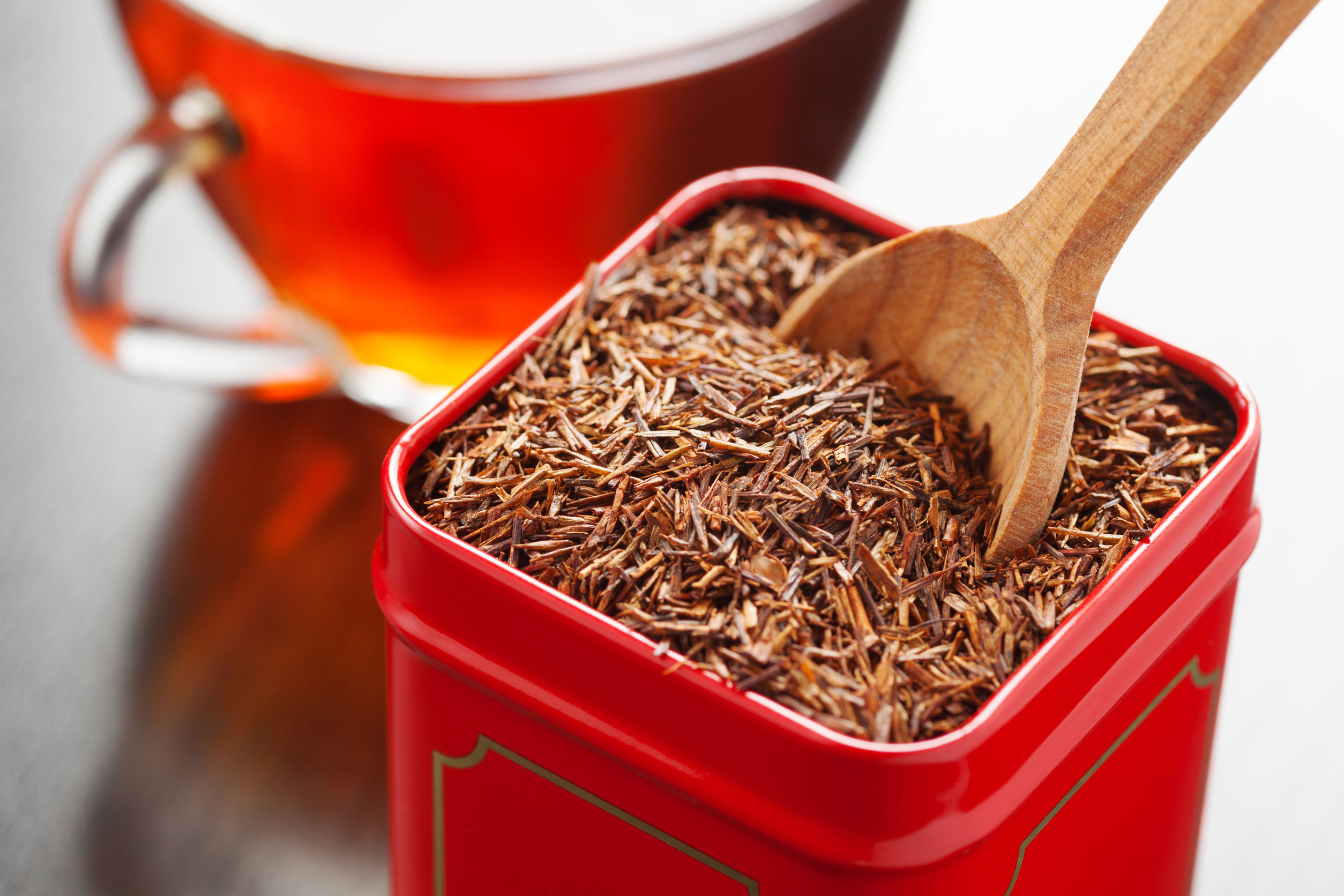 loose rooibos in red container